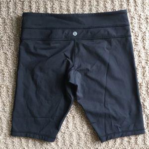 Woman's size 8 Lululemon Compression Shorts